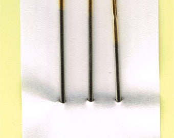 """The needle case """"Huck"""" Clover (rounded three needles)"""