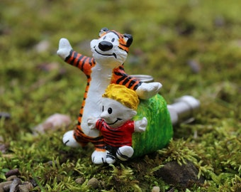 Calvin and Hobbes Pipe Cartoon Comic Pipe Boy and Tiger Pipe Sculpture