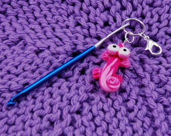 Mini Crochet Repair Hook for knitting - Choose Your Animal - Gecko, Turtle, Frog or Silk Worm