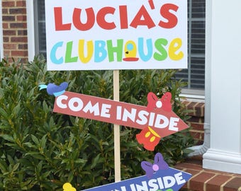 Personalized Mickey Mouse Clubhouse birthday welcome sign with 2 arrows. 24x12