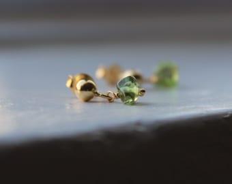 Peridot Nugget Earrings, Small Gold Drop Earrings, Green Gemstone Jewelry, August Birthstone Earrings, Semi Precious jewelry, Birthday gift