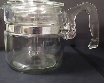 Vintage stove top pyrex percolater coffee maker 4 cup.