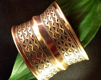 Large Indian Brass Bangle, Rajasthani Polished Brass Bangle, Large Brass Bracelet, Tribal Brass Bangle, Gypsy Bangle, Boho Bangle