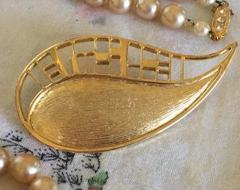 Brooches, Brooch, JJ Brooch, Signed 1986 Paisley JJ Brooch, Gold Brooch, Paisley Brooch, Vintage Designer Brooch, 2 3/4 inch Brooch