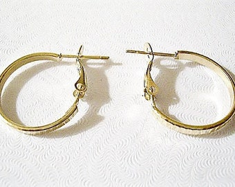 "1 1/4"" Lined Band Hoops Pierced Earrings Gold Tone Vintage Flat Large Round Support Clip Rings"