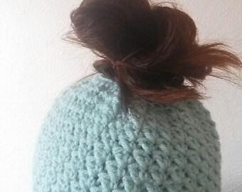 Crochet Bun Beanie; Bun Beanie; Ponytail Beanie; Messy Bun Beanie
