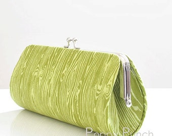 Woodgrain in Dill..Small Clutch Purse
