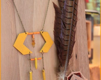 """Yellow """"Rock & Wood"""" ethnic necklace collection"""
