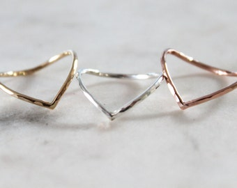 Dainty Hammered Chevron Ring//Sterling, pink or yellow gold filled//Handcrafted//Made to order//Sold individually