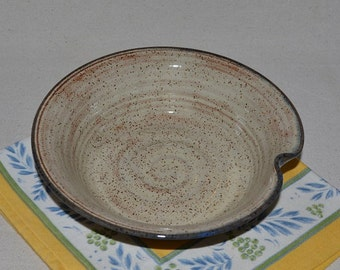 pottery serving bowl, vegetable dish, baking dish, dessert dish, salad bowl, pasta bowl, pottery bowl