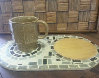 Retro Mosaic Trivet and Wooden Chopping Board / Vintage Mosaic Trivet Cutting Board