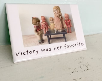 "Funny Fridge Decoration ""Victory"" China Doll Claudia Ping Pong Photo Typography Magnet"
