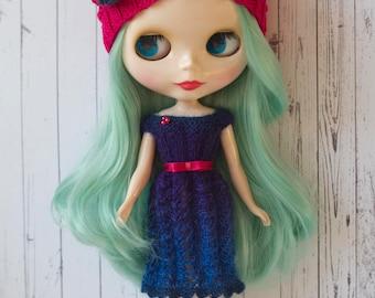 3 piece Blythe set; Knitted dress, beanie hat and satin belt; Dark blue dress and Fuchsia pink hat