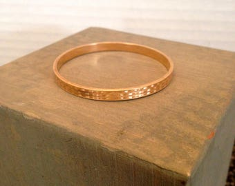 1910 Etched Gold Child's Bracelet by Krementz
