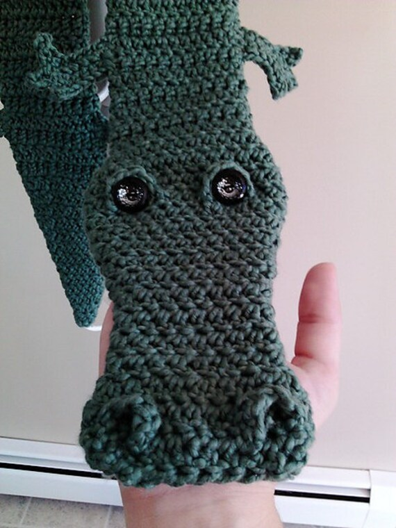 Alligator Scarf PDF Pattern