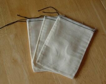 500 5x7 Cotton Muslin Black Hem and Black Drawstring Bags