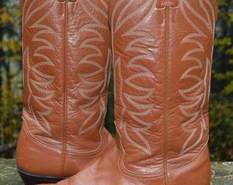 Size 9.5 (size 8 Men) ~ Beautiful Caramel Nocona Western Boots