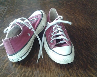 Vintage Burgandy Converse All Star Sneakers, Size UK 3.5 (Approx U.S. 6 Ladies)