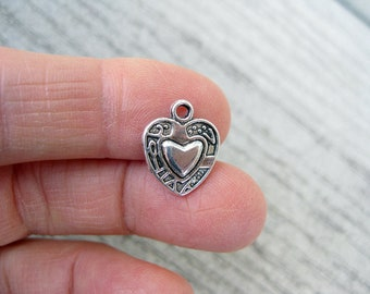 10 Heart Charms in Silver Tone - C2702