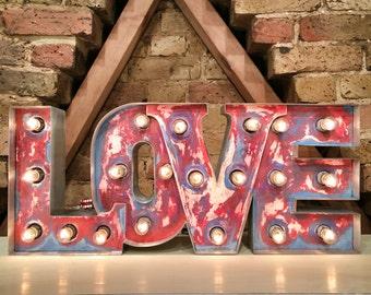 marquee light up letter 'LOVELIGHT'
