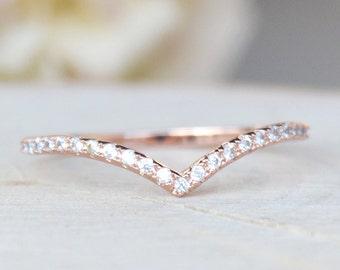 Thin 1.3mm V Chevron Ring - Rose Gold
