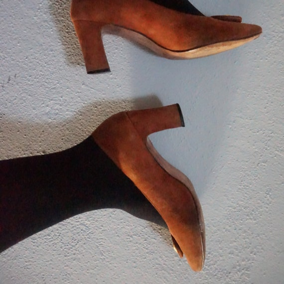 7 gold anchor suede leather pin up professional vintage office wear era 80s 1980s women heels pumps shoes seven women's classy classic nice