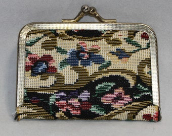 Pretty Floral Petit Point Vintage Travel Sewing Kit