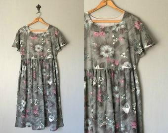 Vintage HANDMADE Dress • 1970s Clothing • Short Flutter Sleeve Simple Empire Waist Grey Purple Floral Print Midi Length •Women Medium Large