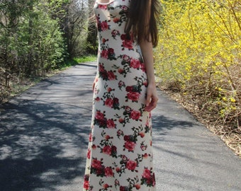 enchanted garden - beautiful soft rayon rose floral print spaghetti strap fitted cream boho hippie festival maxi dress xs small