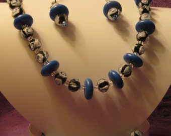 BLUE BLACK and WHITE jEWELRY sET