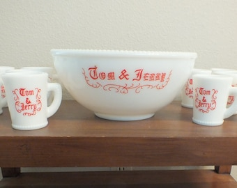 Vintage Milk Glass McKee Tom and Jerry Set Punch Bowl 11 Cups Mug Red White Accent