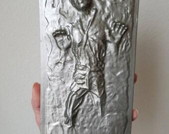 solo in carbonite