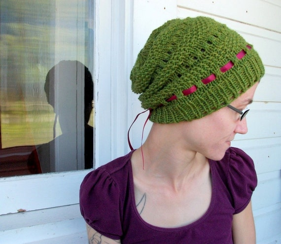 KNITTING PATTERN // PDF instant download // Worsted weight yarn hat // Dafna