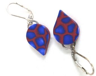 Red and blue lightweight dangle earrings teardrop shape