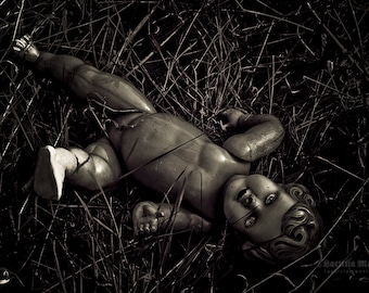 Elisabeth, the dead doll | Photography | Limited edition