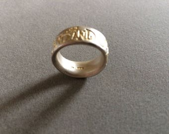Stunning Hallmarked Brushed Sterling Silver & 9ct Gold On and On Ring