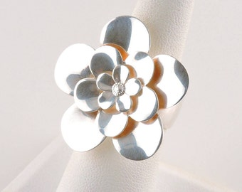 Size 7 Sterling Silver Large Flower Ring