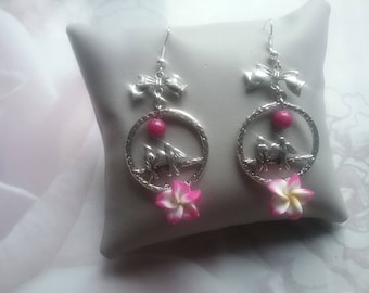 Earrings dangling swallows and tiare flower