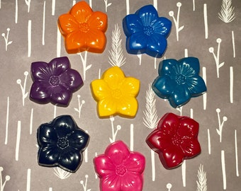 Flower Crayons! Party favors. Spring Party