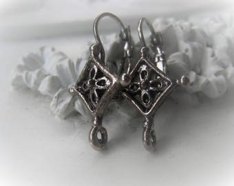 Antique Silver Leverback Earring Pair Item No. 1739 4696