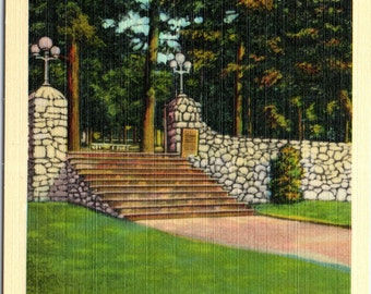 Massanetta Springs, Harrisonburg, Virginia, Wm. C. Bond Memorial Gateway - Vintage Postcard - Postcard - Unused (R)