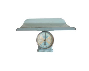 Vintage Light Blue and Pink American Family Metal Nursery Baby Scale