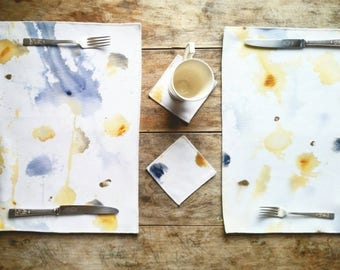 Set of two placemats , Handpainting placemats, fluidpainting accessories