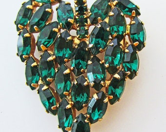 Brilliant Vintage 1950s Gold Toned Emerald Green Rhinestone Leaf Pin