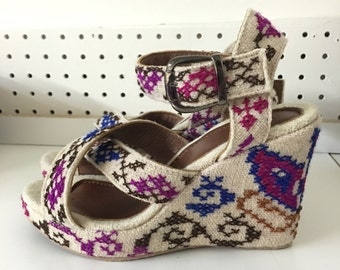 Embroidered womens wedge sandals
