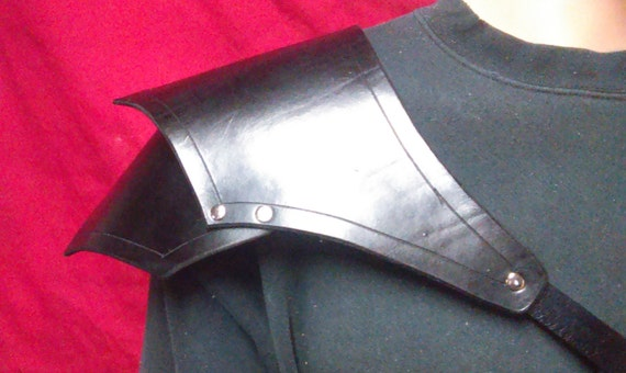 Single Leather Shoulder Armor Spaulders Pauldrons Cosplay LARP Steampunk Ren Faire oogg9F12i