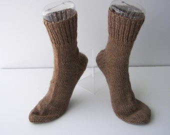 Extra Thick Exotic CAMEL WOOL Hand Knit SOCKS in Natural Brown / Cabin Wedding/ Meaningful gift / Cabin Camping Socks/ wO0gv