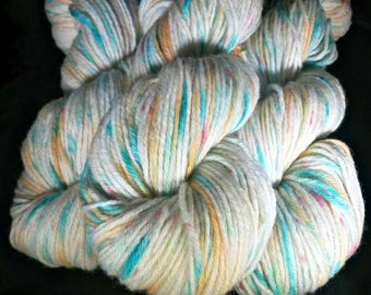 ALL SUMMER LONG, Hand Dyed Variegated Dk Yarn, Hand Dyed Merino Yarn, Non-Superwash, Hand Dyed Speckle Yarn, Hand Dyed Yarn, Indie Dyed Yarn