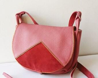 Leather handbag, crossbody bag, saddle bag, shoulder bag, pink leather bag, adjustable shoulder strap, pocket inside, zipper, cotton printed