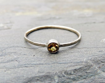 Tiny Citrine Stacking Ring in 14k Yellow Gold or White Gold, Hammered or Smooth Band - November Birthstone Mother's Ring with 3mm Gemstone